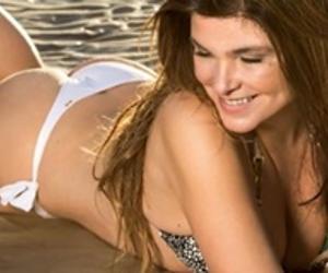 30cd1eaf4 Cristiana Oliveira fala sobre vaidade   Prefiro que a bunda caia e ...